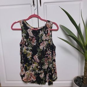 Forever 21 floral tank